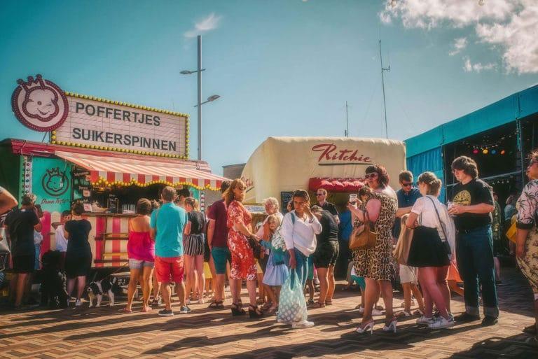 RetroSurMer-Wenduine-Festival-Retro-Fifties-Seaside-Retro-Vintage-Fifties-Foodtruck-2-LawrenceSchoonbroodt-2018