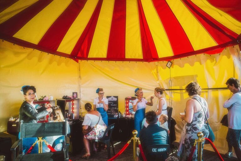 themodernettes-wenduine-retrosurmer-beautyboudoir-fifties-retro-vintage-tent-lawrenceschoonbroodt-2018